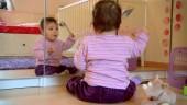 """Preview image for LOM object Les possibilités d`apprentissage chez les enfants de moins de 4 ans, le film """"Louche"""""""
