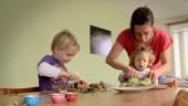 """Preview image for LOM object Lerngelegenheiten für Kinder bis 4, Kurzfilm """"Gemüse"""""""