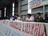 Preview image for LOM object Mit neuem Profil - Arbeiter übernehmen ein Reifenwerk in Mexiko